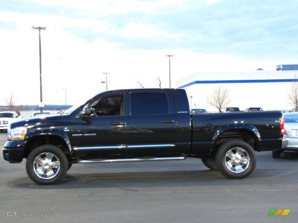 black 2006 dodge ram 2500 laramie mega cab 4x4 exterior. Black Bedroom Furniture Sets. Home Design Ideas