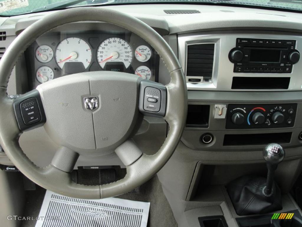 2007 Dodge Ram 3500 Lone Star Quad Cab Dually Khaki Steering Wheel Photo #39733677