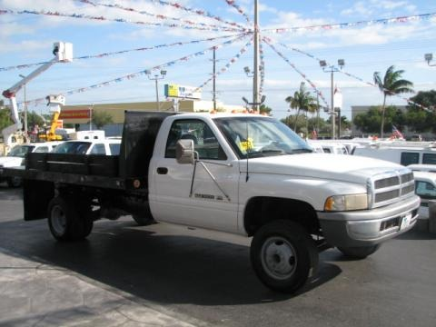 1998 Dodge Ram 3500 ST Regular Cab Chassis Data, Info and Specs