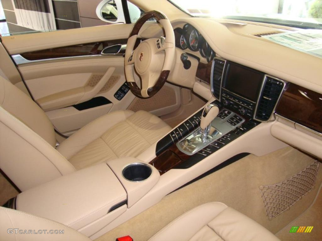 Luxor Beige Interior 2011 Porsche Panamera 4s Photo 39764026
