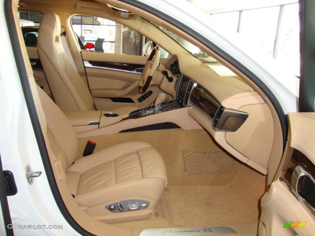 Luxor beige interior 2011 porsche panamera 4s photo 39764038 for Porsche panamera interior dimensions