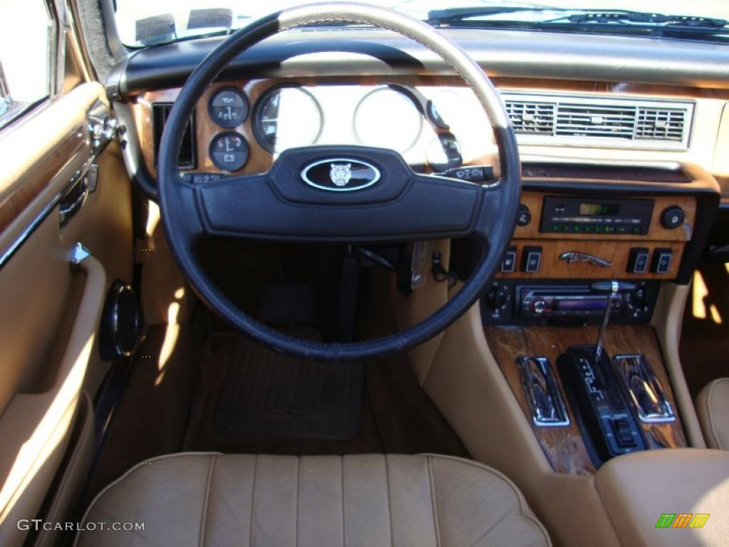 1986 Jaguar Xj Xj6 Beige Dashboard Photo 39766766