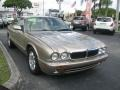 Topaz Metallic 2000 Jaguar XJ Gallery