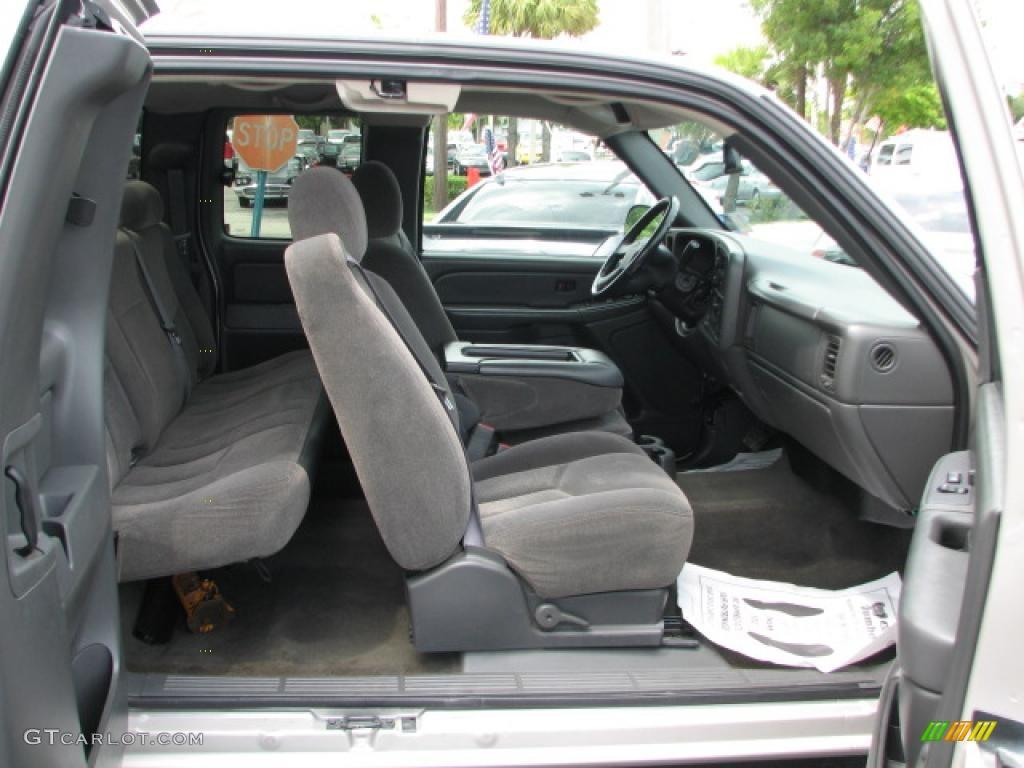 2006 Chevrolet Silverado 1500 Extended Cab interior Photo #39775232 | GTCarLot.com