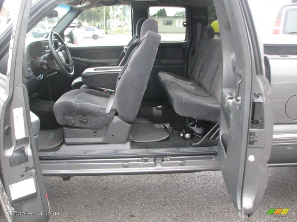 2002 Chevrolet Silverado 2500 LS Extended Cab Interior Photo #39782962