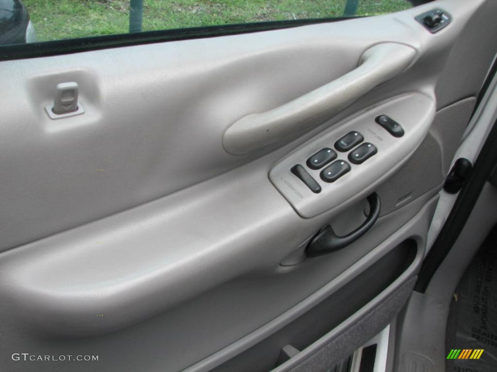 Service Manual How To Remove Door Panel 2003 Ford Expedition 2003 Ford Expedition Interior