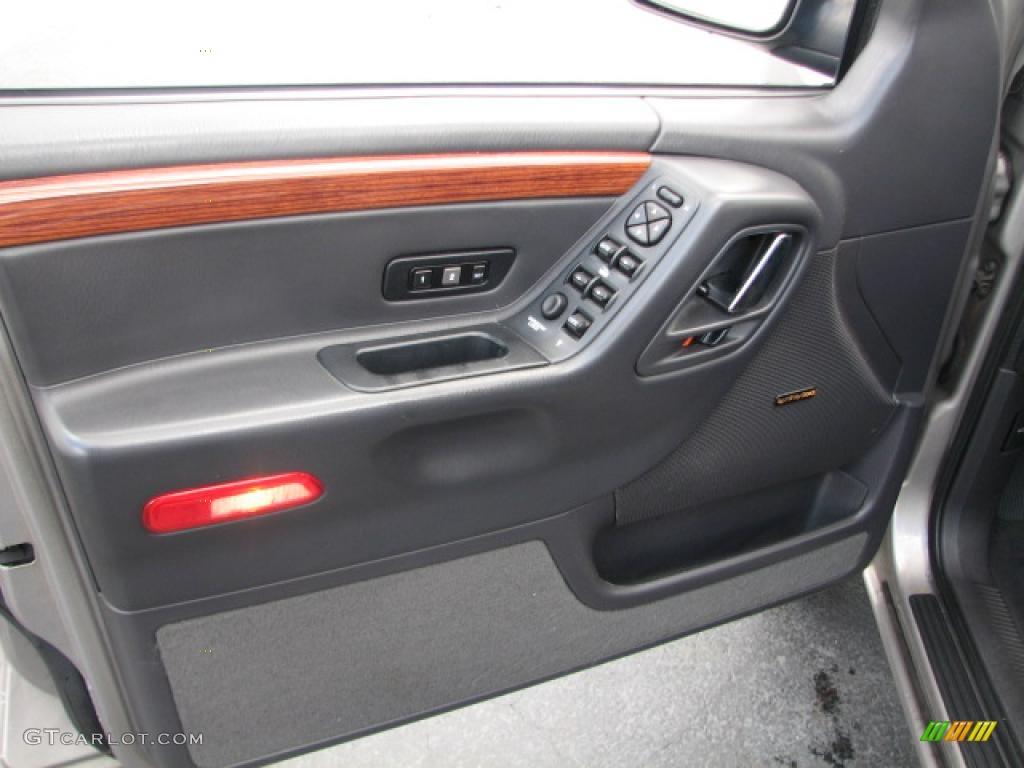 1999 Jeep Grand Cherokee Limited Door Panel Photos