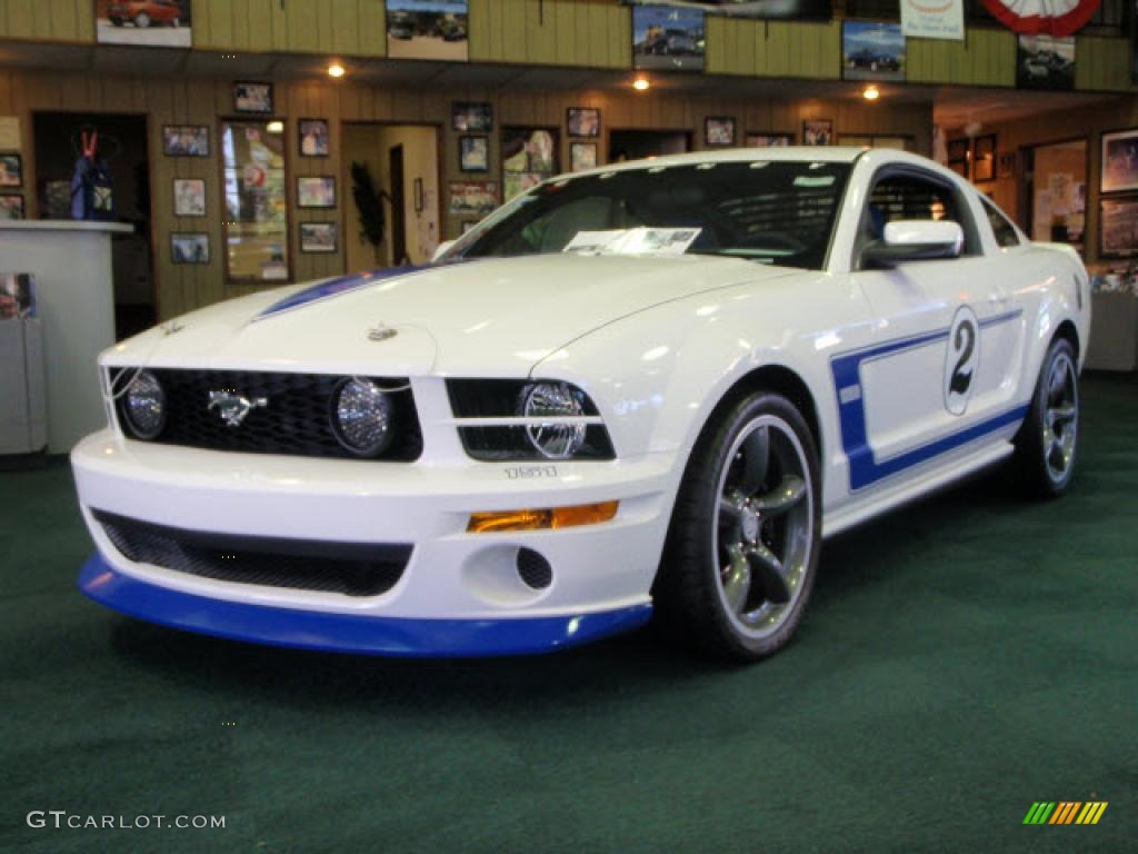 performance white 2008 ford mustang saleen gurney signature edition exterior photo 39859897. Black Bedroom Furniture Sets. Home Design Ideas