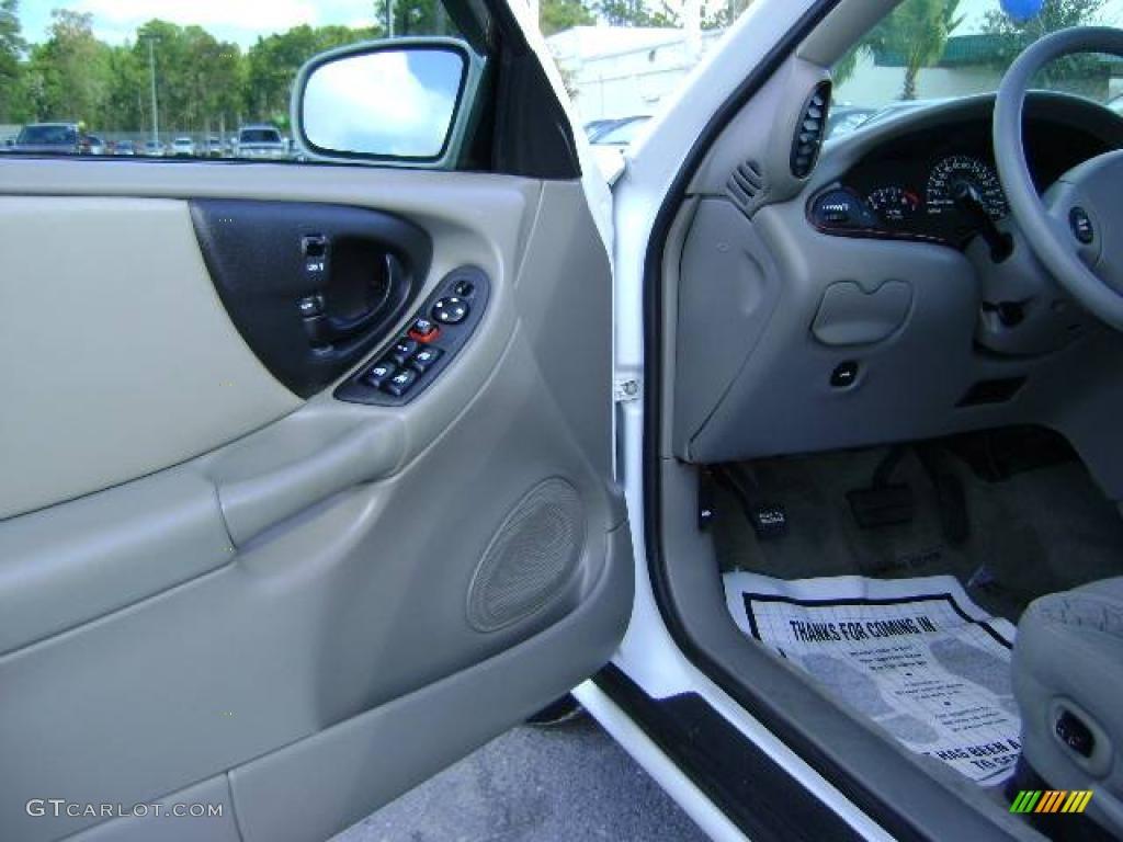 2003 malibu ls sedan summit white gray photo 13