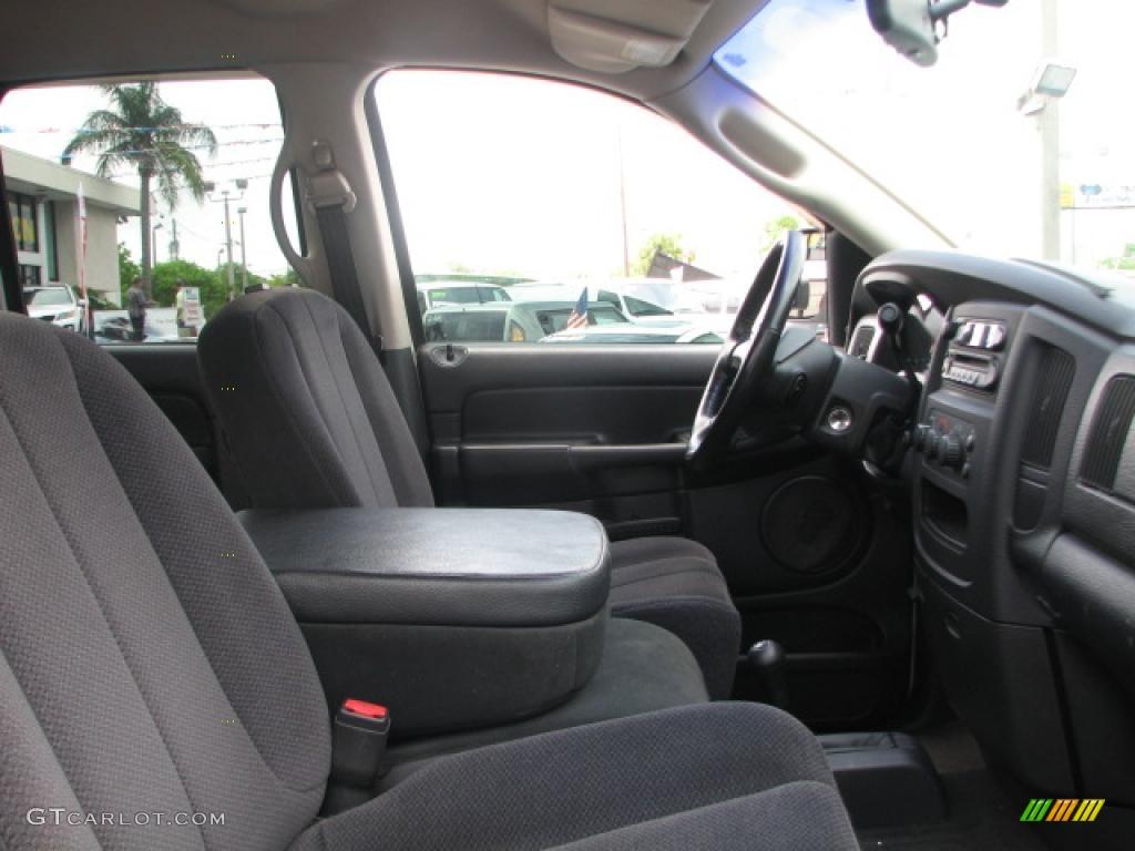 2002 Ram 1500 SLT Quad Cab 4x4 - Bright White / Dark Slate Gray photo #13