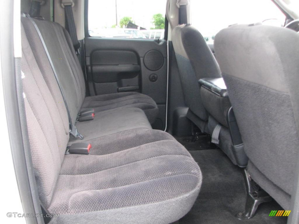 2002 Ram 1500 SLT Quad Cab 4x4 - Bright White / Dark Slate Gray photo #15