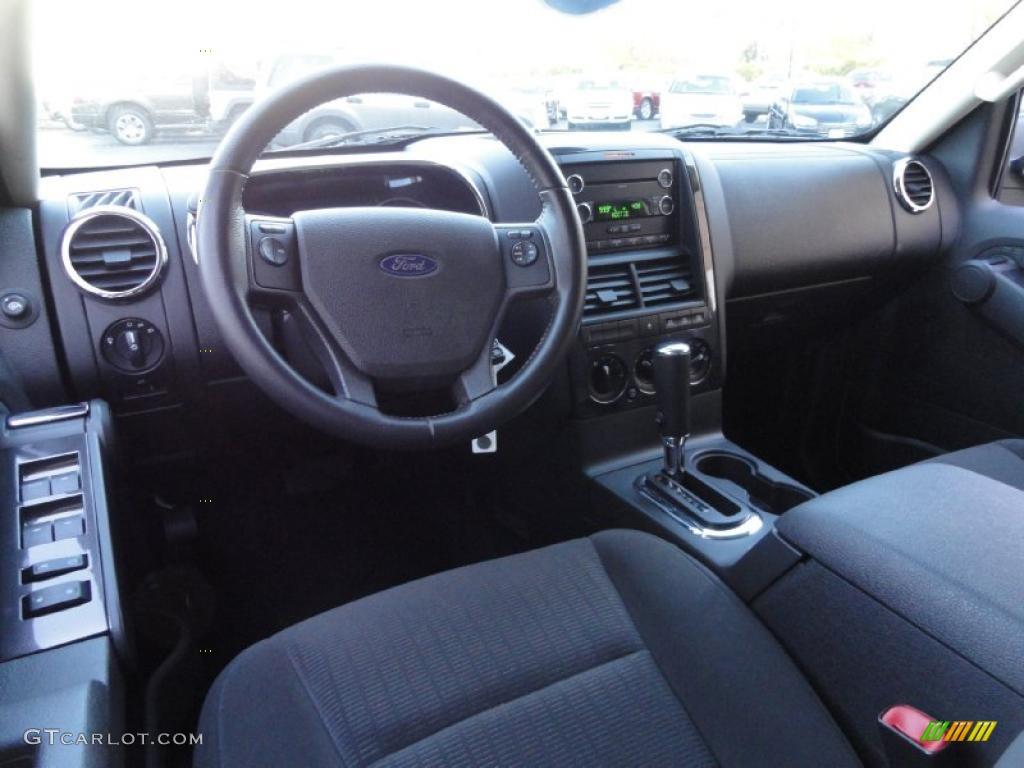black interior 2010 ford explorer xlt 4x4 photo 39870550. Black Bedroom Furniture Sets. Home Design Ideas