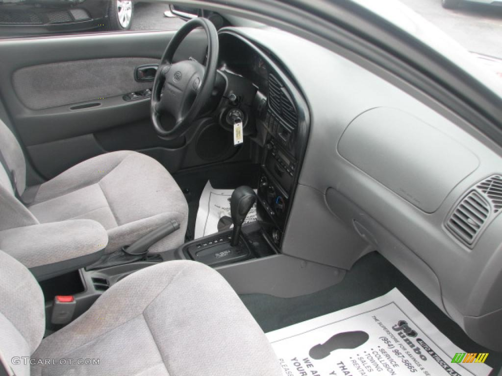 gray interior 2002 kia spectra ls sedan photo 39876535. Black Bedroom Furniture Sets. Home Design Ideas