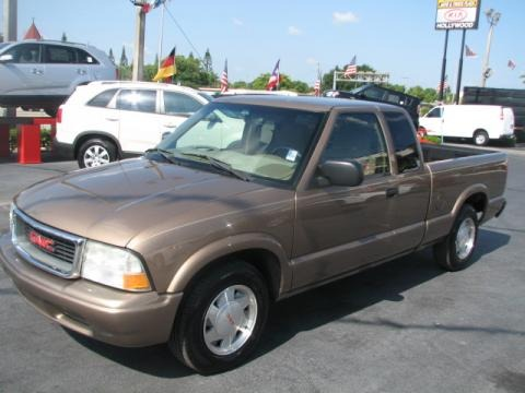 2002 gmc sonoma sl extended cab data info and specs. Black Bedroom Furniture Sets. Home Design Ideas