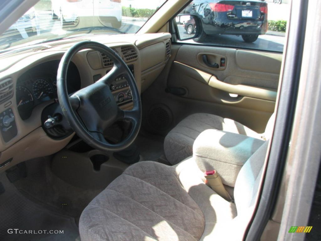 Beige Interior 2002 GMC Sonoma SL Extended Cab Photo ...