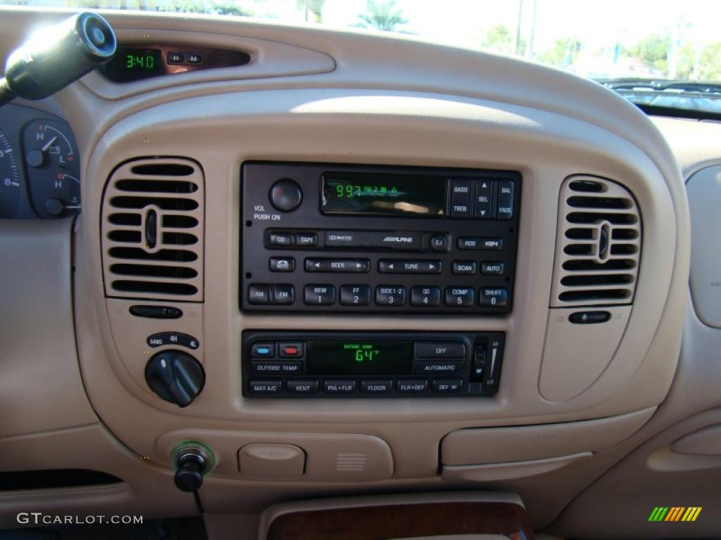1999 Lincoln Navigator 4x4 Controls Photo 39881547