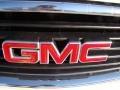 2004 GMC Yukon SLT Badge and Logo Photo