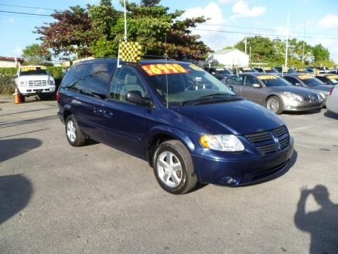 2005 dodge grand caravan sxt data info and specs. Black Bedroom Furniture Sets. Home Design Ideas