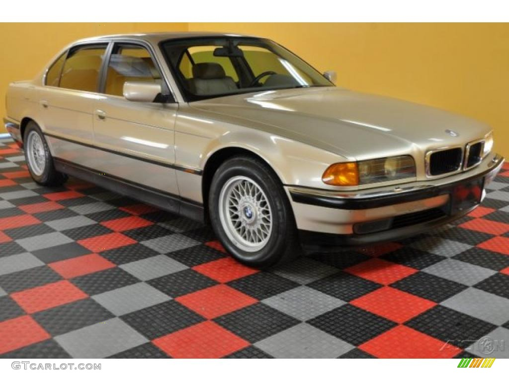 1995 cashmere beige metallic bmw 7 series 740il sedan 39889168 car color galleries. Black Bedroom Furniture Sets. Home Design Ideas