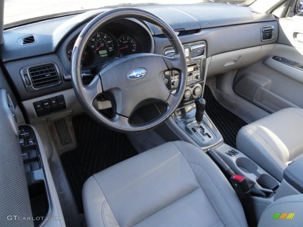Gray Interior 2003 Subaru Forester 2 5 Xs Photo 39917271