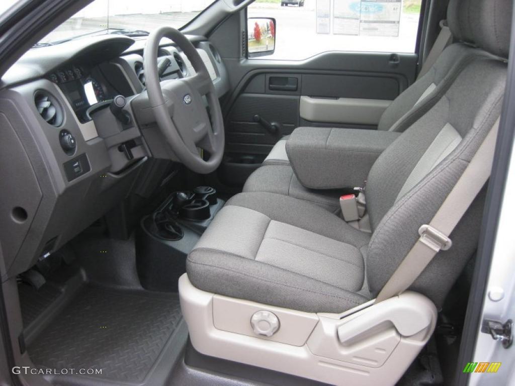 Beautiful 2010 Ford F150 XL Regular Cab 4x4 Interior Photo #39935352