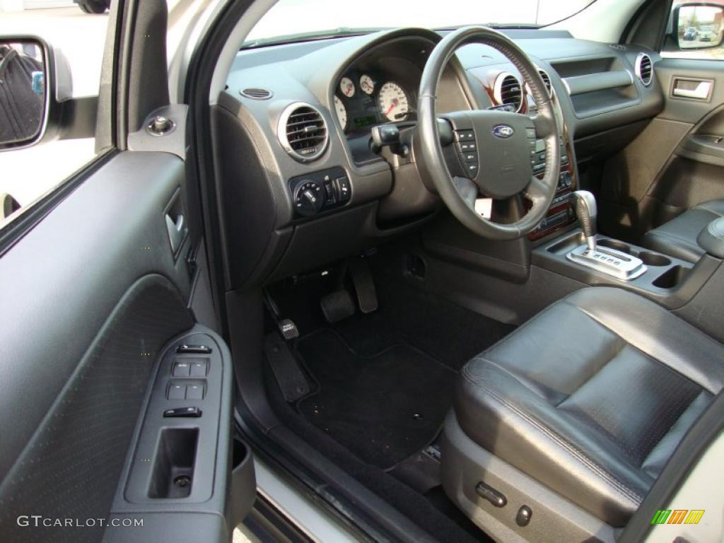 Black Interior 2006 Ford Freestyle Limited Awd Photo 39962170
