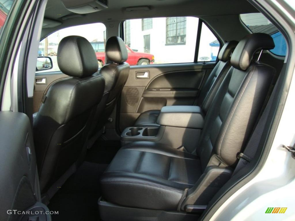 Black Interior 2006 Ford Freestyle Limited Awd Photo 39962466