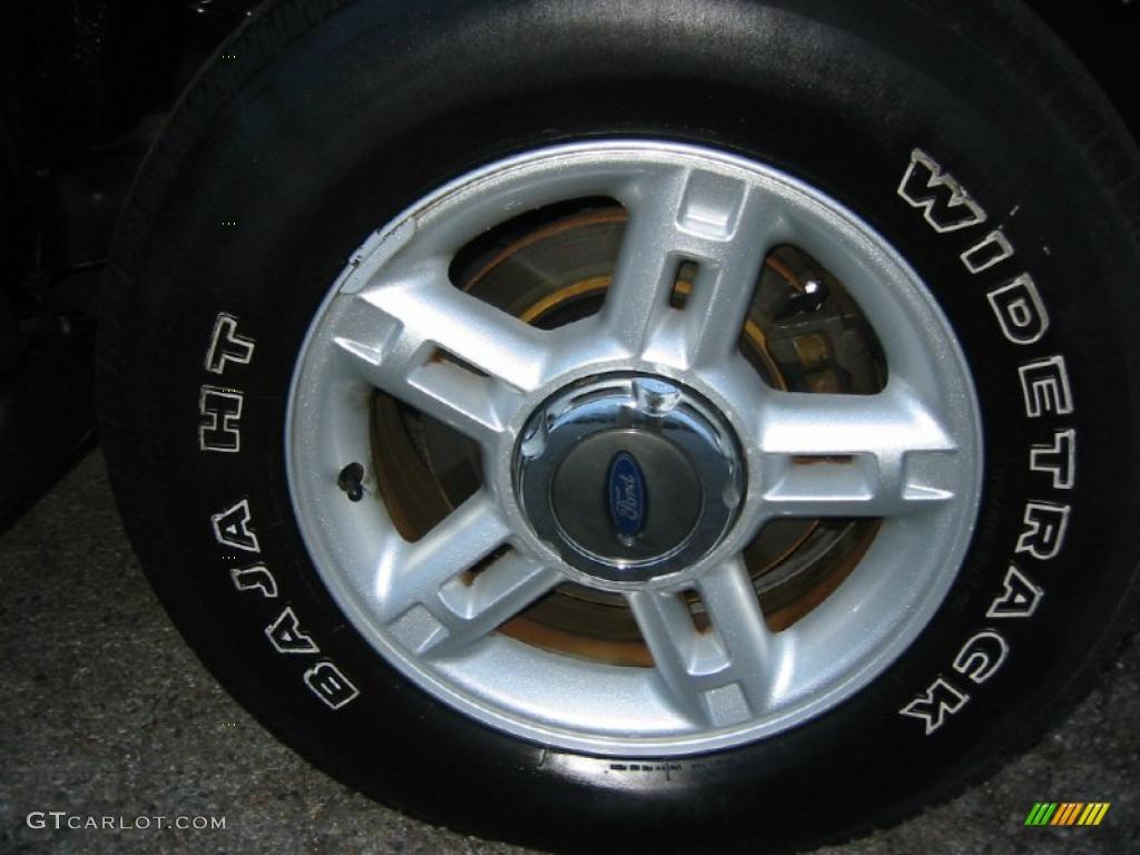 2003 Ford Explorer XLT Wheel Photo #39970252