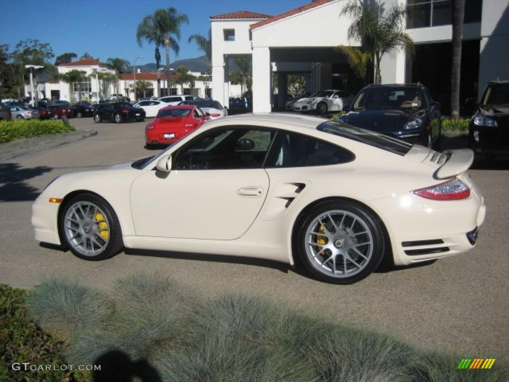 cream white 2011 porsche 911 turbo s coupe exterior photo. Black Bedroom Furniture Sets. Home Design Ideas