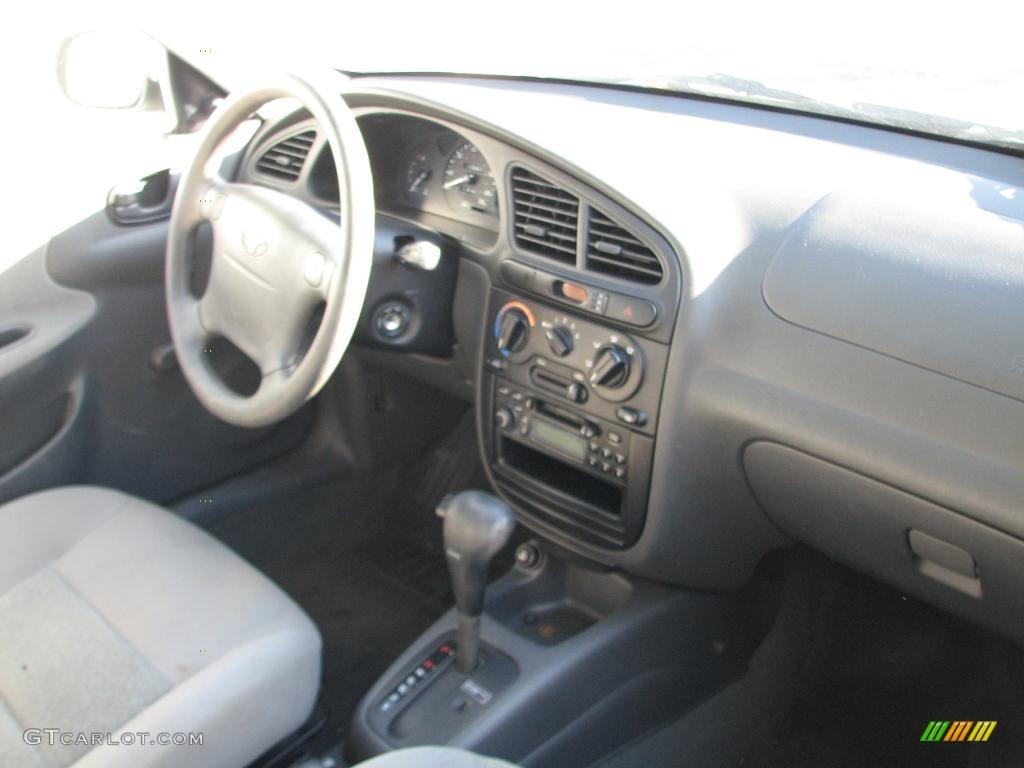 2002 Daewoo Lanos Sport Coupe Gray Dashboard Photo #40059127 ...