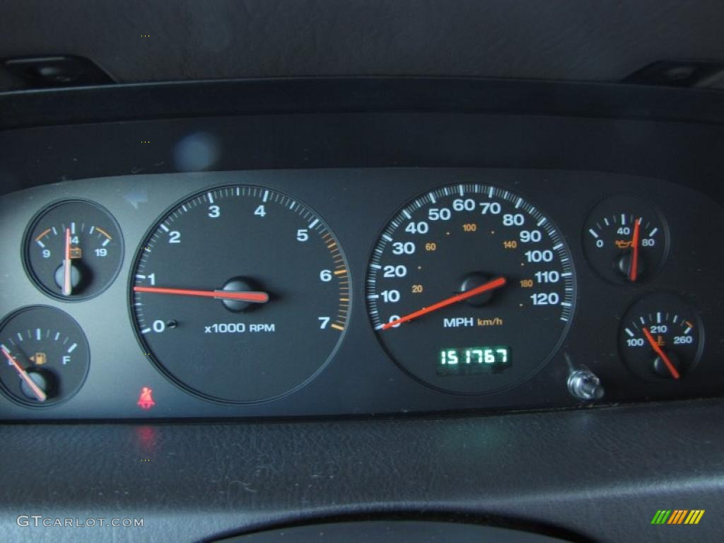 on 2001 Jeep Grand Cherokee Limited Interior