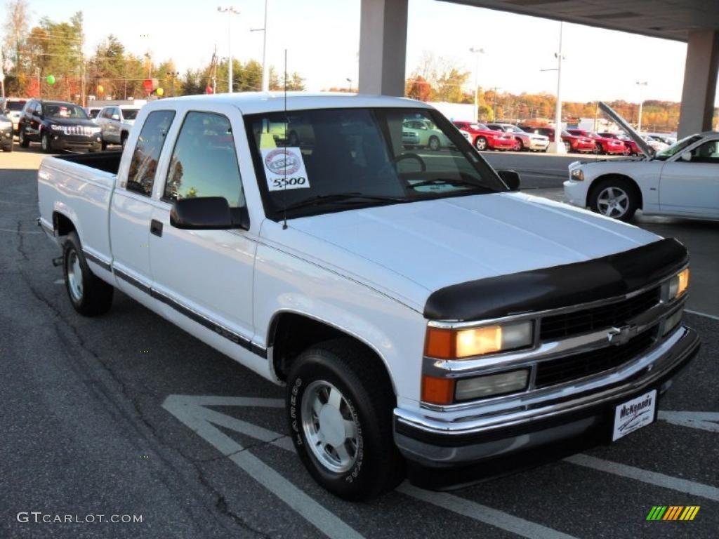 Olympic White 1997 Chevrolet C K C1500 Silverado Extended