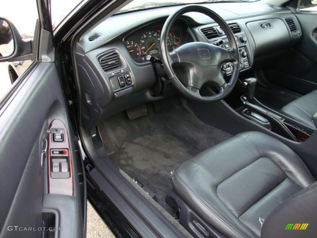 Charcoal Interior 2000 Honda Accord Ex Coupe Photo