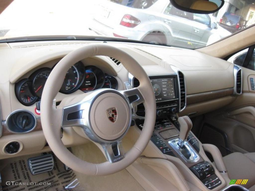 Luxor beige interior 2011 porsche cayenne turbo photo 40120671
