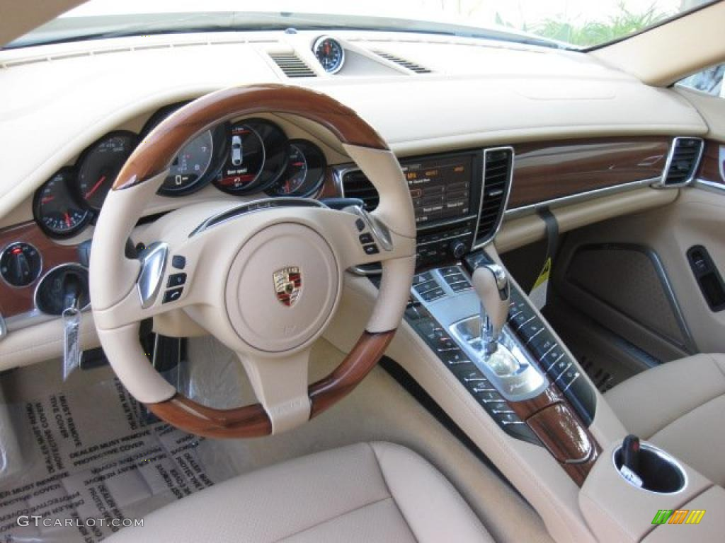 Luxor Beige Interior 2011 Porsche Panamera 4S Photo 40120899