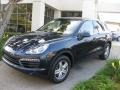 Front 3/4 View of 2011 Cayenne