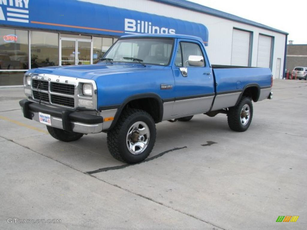 Banzai blue metallic 1992 dodge ram 250 le regular cab 4x4 exterior photo 40129088 gtcarlot com