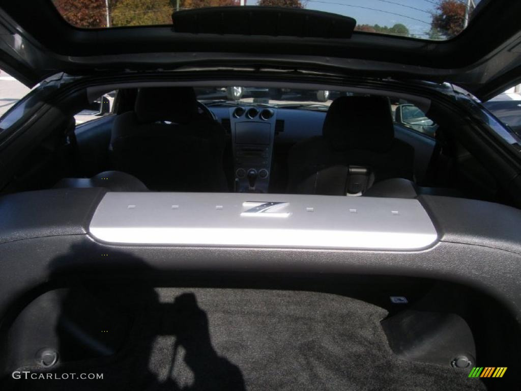 2003 nissan 350z interior. carbon black interior 2003 nissan 350z track coupe photo 40204140 350z 3