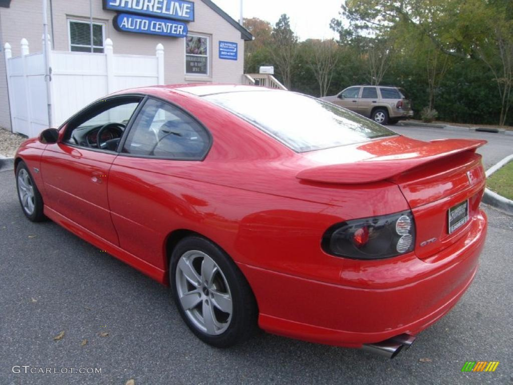 Red Door Paint Torrid Red 2004 Pontiac Gto Coupe Exterior Photo 40204392