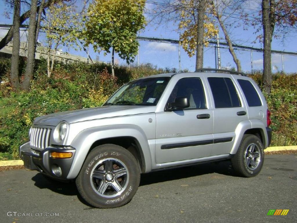 2004 bright silver metallic jeep liberty sport 4x4 columbia edition 40218992. Black Bedroom Furniture Sets. Home Design Ideas