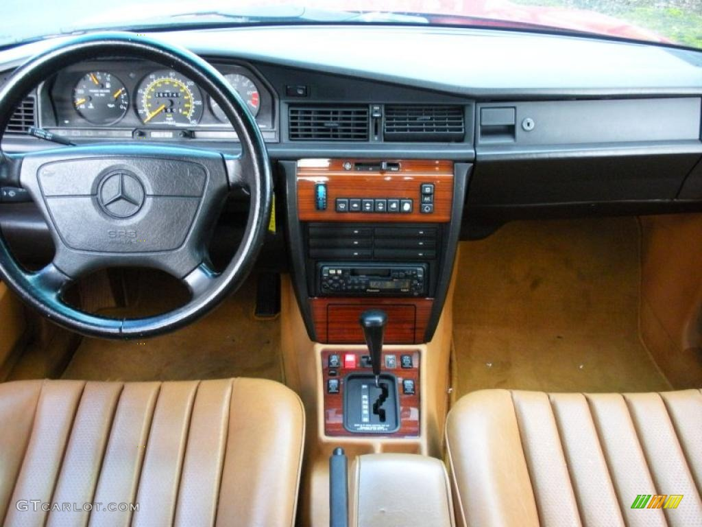1992 mercedes benz 190 class 190e 2 3 beige dashboard for Mercedes benz dashboard