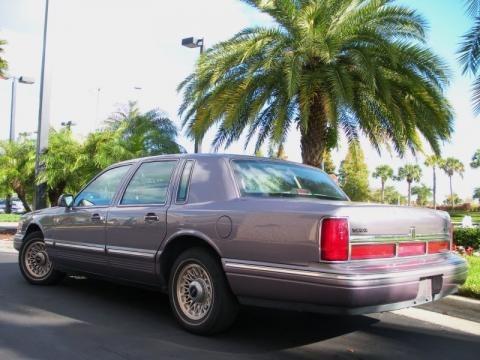 1995 Lincoln Town Car Interior. 1995 Lincoln Town Car