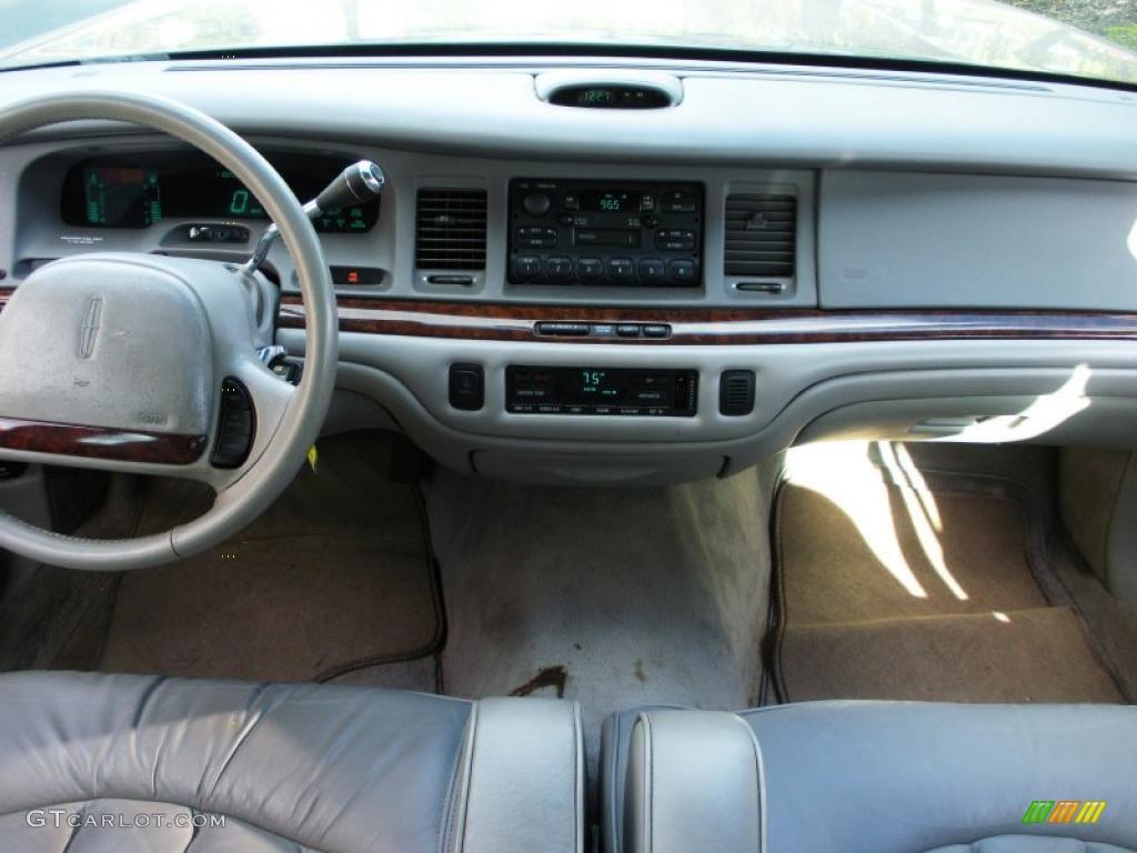 1995 lincoln town car executive grey dashboard photo 40267938. Black Bedroom Furniture Sets. Home Design Ideas
