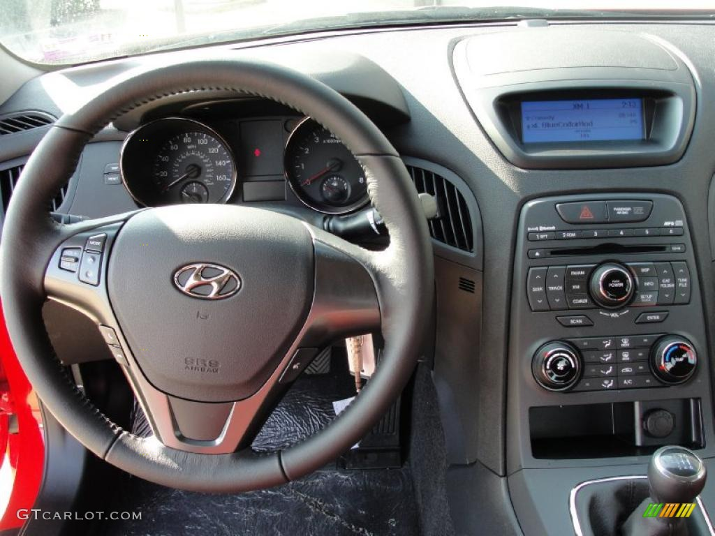 2011 hyundai genesis coupe 3 8 r spec black leather red cloth dashboard photo 40289662. Black Bedroom Furniture Sets. Home Design Ideas
