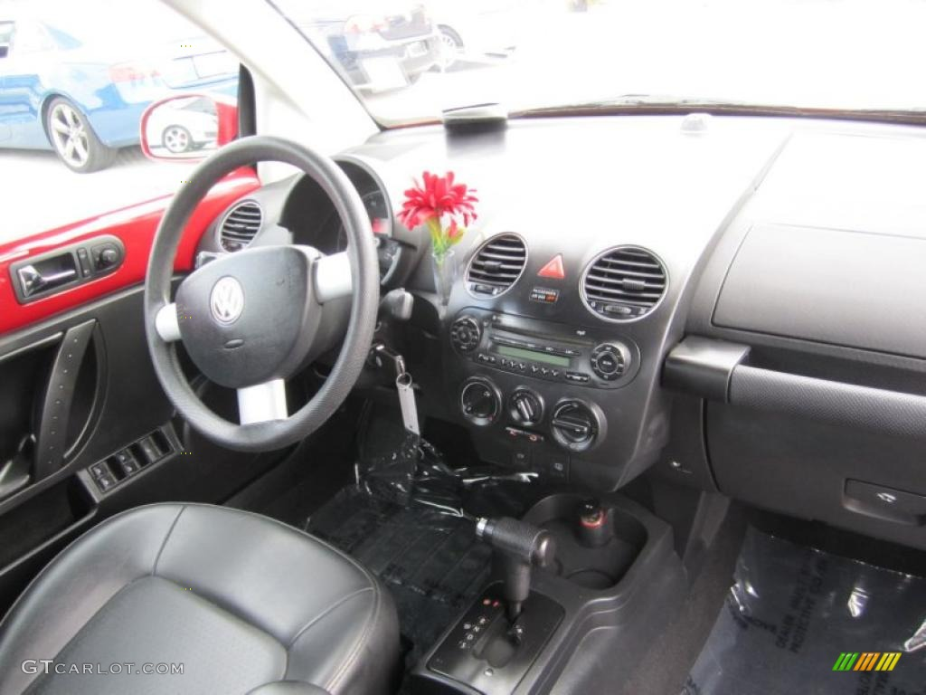 2008 Volkswagen New Beetle S Convertible Black Dashboard Photo 40312876
