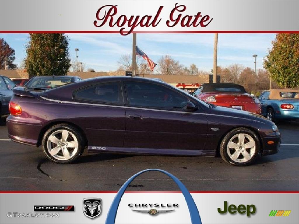 Colour car metallic - 2004 Gto Coupe Cosmos Purple Metallic Dark Purple Photo 1