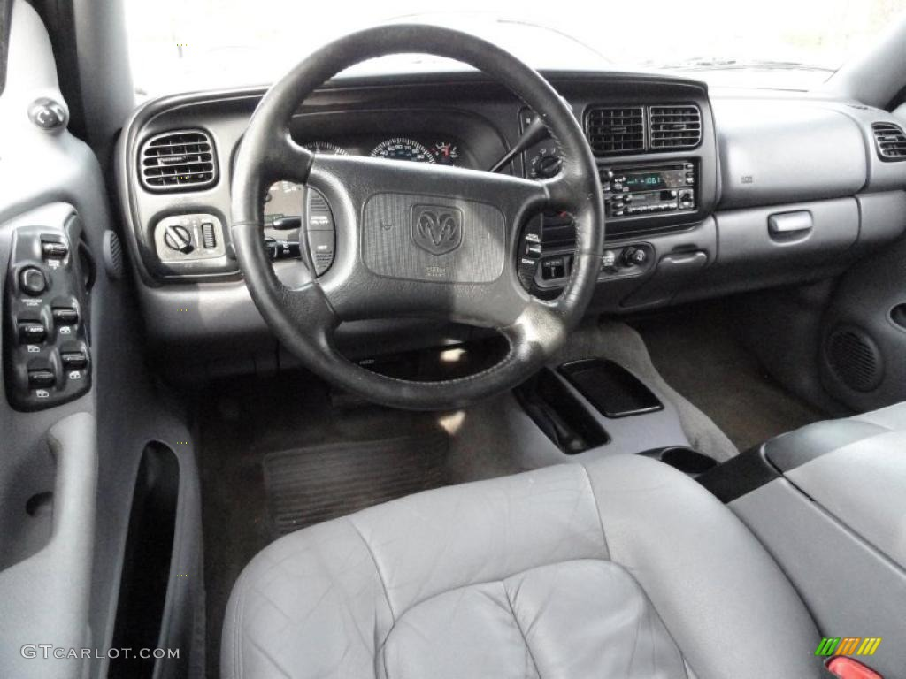 on 2001 Dodge Durango Slt