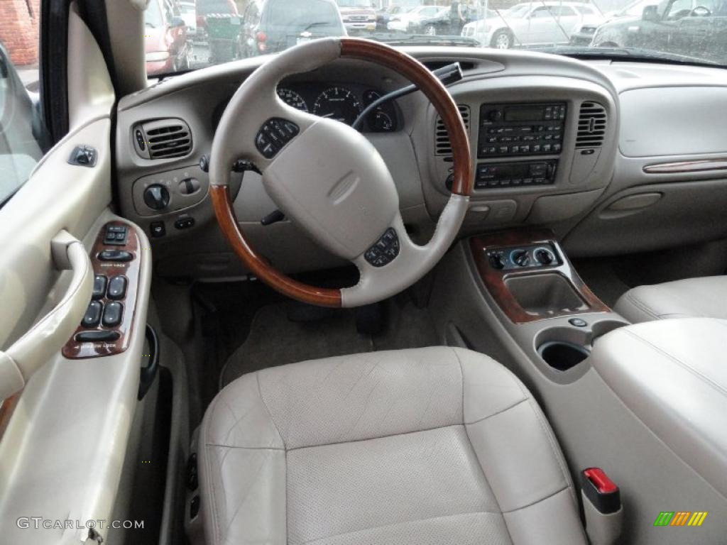 Medium parchment interior 2000 lincoln navigator 4x4 photo 40349942 2000 lincoln navigator interior