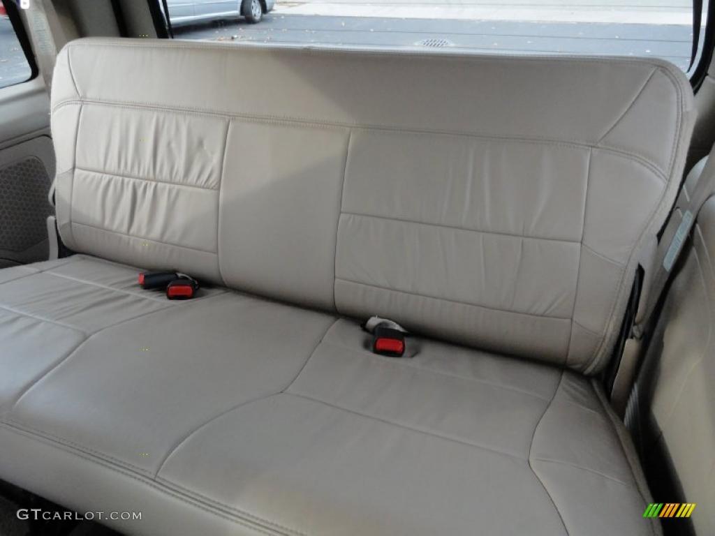 Medium Parchment Interior 2000 Lincoln Navigator 4x4 Photo 40350018