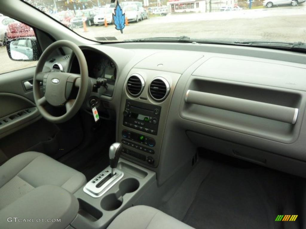 2006 Ford Freestyle Se Awd Shale Grey Dashboard Photo 40433184